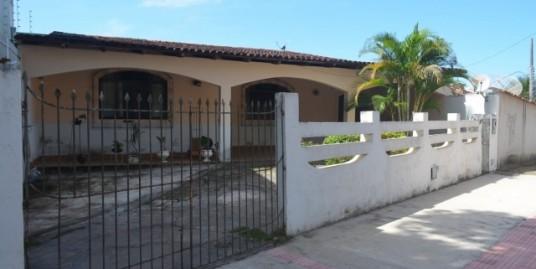 Casa ampla com 4 quartos em São Judas Tadeu Guarapari