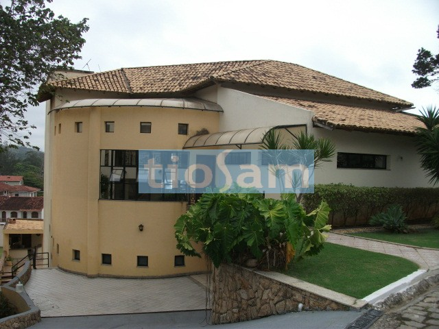 Casa com oito suítes Aldeia da Praia Guarapari