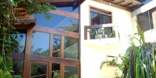 Casa com cinco quartos no Condomínio Aldeia da Praia