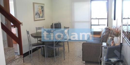 Cobertura duplex três quartos Av. Praiana Praia do Morro