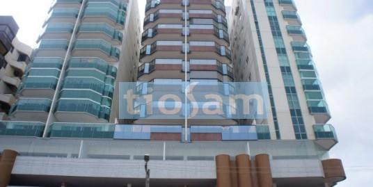 Apartamento 4 quartos sendo 3 suítes frente Praia do Morro Guarapari