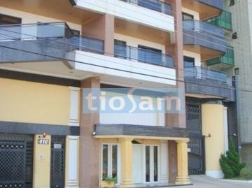 Apartamento três quartos duas vagas na Praia do Morro