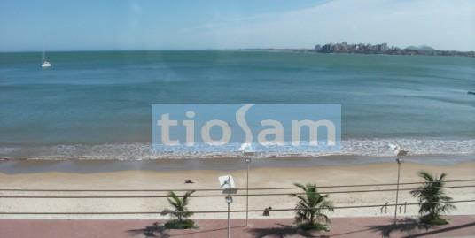 Apartamento Ed. Recanto Azul três dormitórios com mais de 200m2 Praia do Morro Guarapari ES
