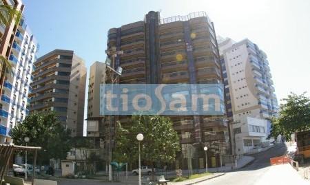 Edifício Summer Hills apartamento 4 suítes Praia das Virtudes Guarapari