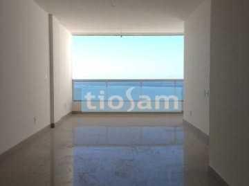 Ed. Alberto Daker 3 quartos na quadra do mar Praia do Morro Guarapari ES