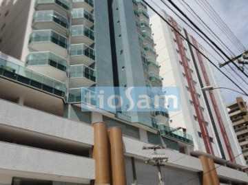 Apartamento 3 dormitórios no Shopping Beira Mar Praia do Morro Guarapari ES