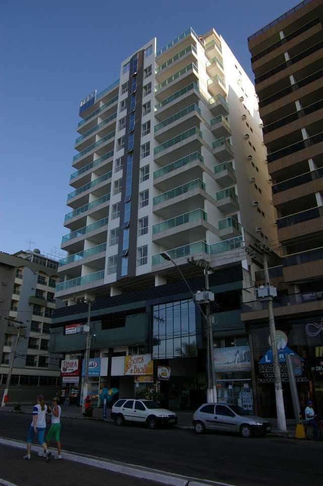 Ed. Fragata Apartamento 4 dormitórios frente para o mar Praia do Morro Guarapari ES