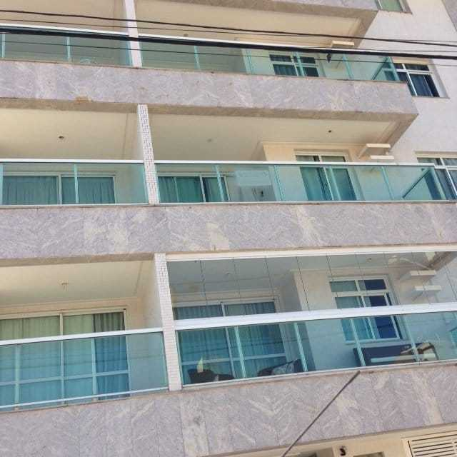 Ed. Henri Wallon Apartamento mobiliado duas suítes Praia de Peracanga Guarapari ES