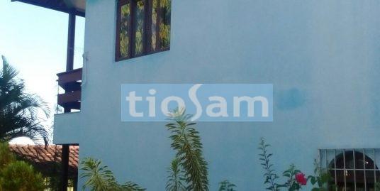 Casa duplex  com  galpão Praia dos adventistas Guarapari ES