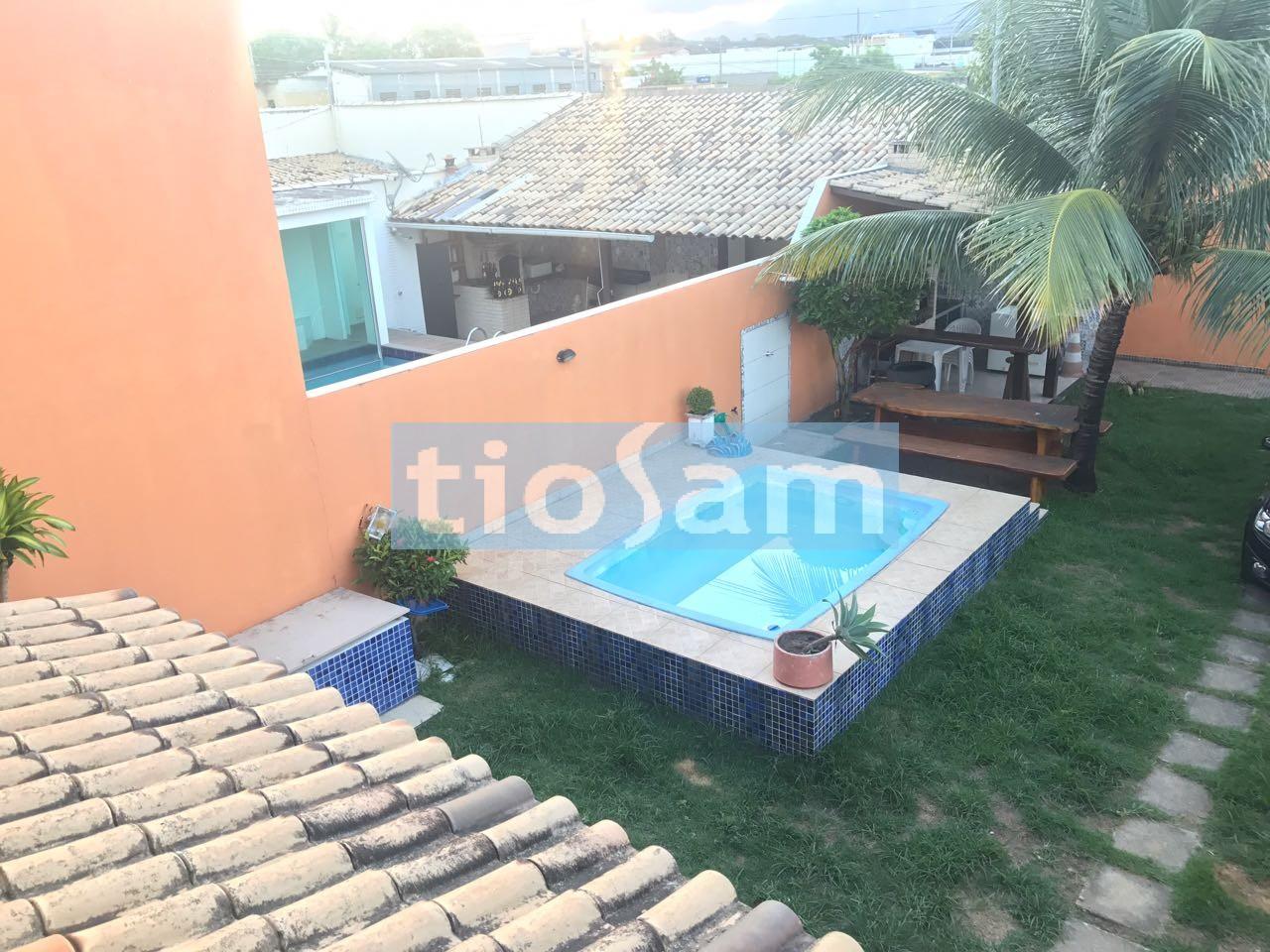 Casa com piscina 3 quartos na Praia do Morro Guarapari