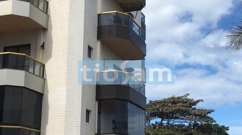 Edifício Côte d`Azur apartamento 3 quartos  frente  rua Praia de Peracanga Guarapari ES