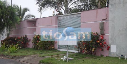 Casa com 4 quartos em Nova Guarapari ES