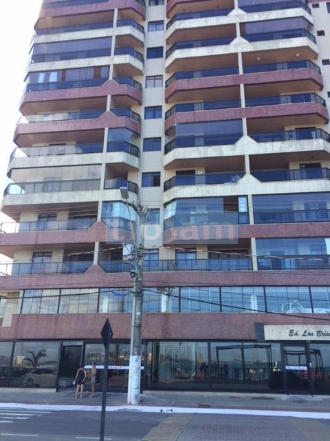Edifício Las Brisas apartamento mobiliado 4 quartos frente para o mar Praia do Morro Guarapari ES