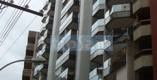Edifício Villa Residence dois quartos frente para a rua centro de Guarapari ES