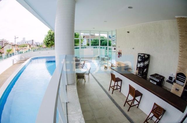 Apartamento mobiliado 3 quartos sendo 2 suítes edifício Bacutia Praia de Peracanga Guarapari