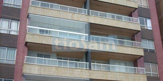 Cobertura duplex frente para o mar mobiliado edifício Mont Parnat Praia do Morro Guarapari ES