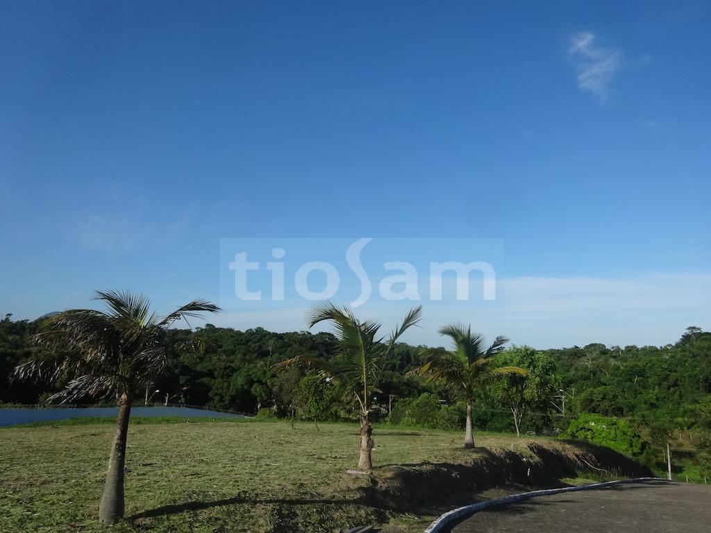 Lote com 1645M2 Lagoa da Praia Guarapari ES