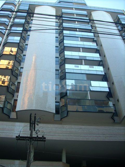Apartamento 2 quartos com lazer centro de Guarapari ES